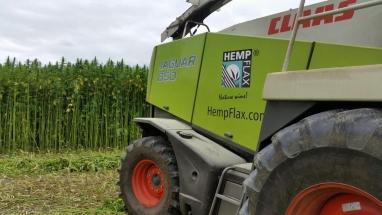 Vezelhennep oogstmachine